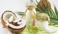 Pourquoi se démaquiller à l'huile de coco?
